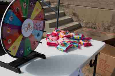 A wheel and cotton candy bags