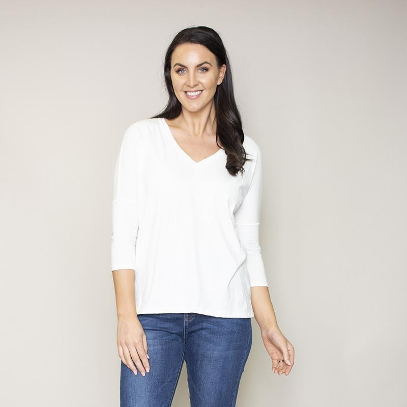 Perry Relaxed Fit V Neck Top(Vanilla)