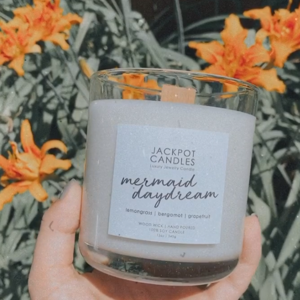 eucalyptus scented candle