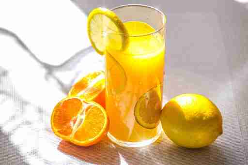 vitamin c immune system boosting orange juice lemon