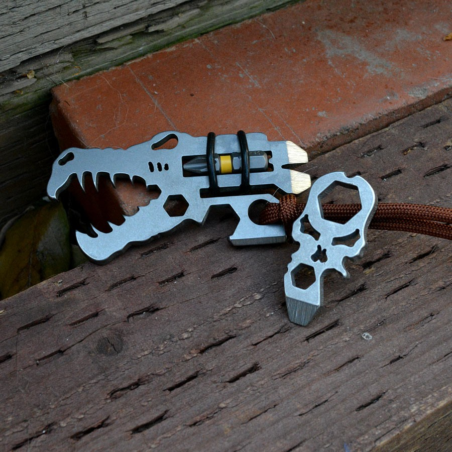 Jurassic Croc Pocket Tool Combo