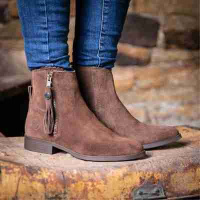 Country casual boots