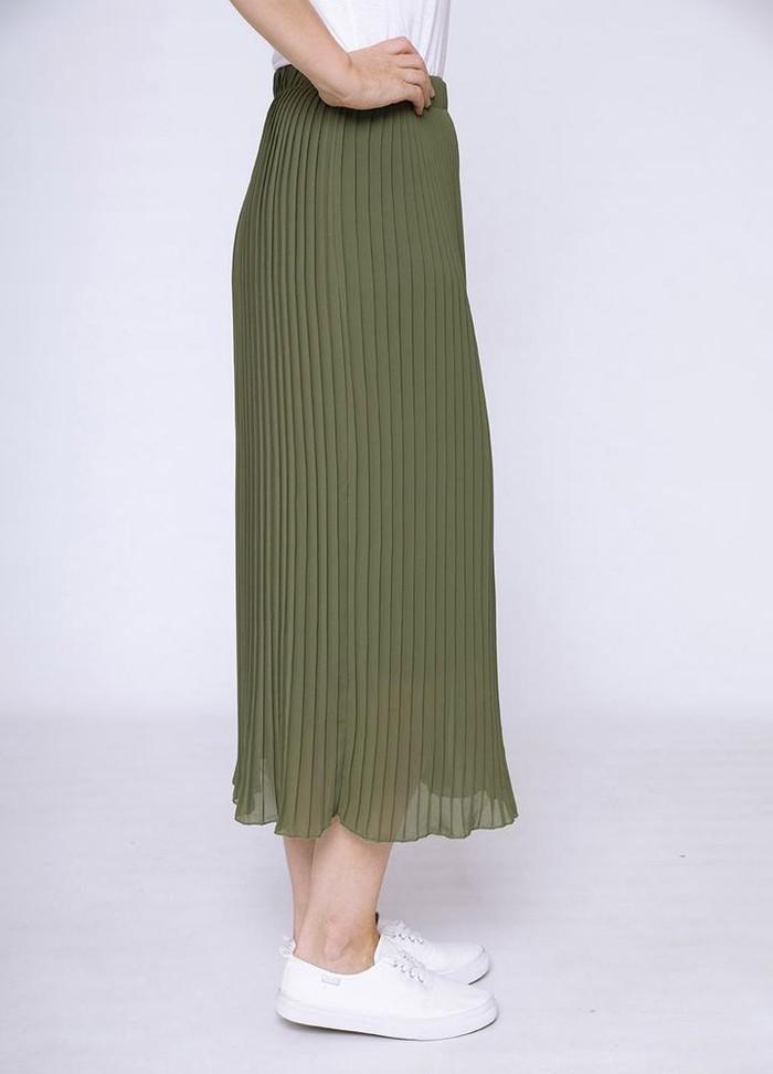 Long Pleat Skirt in Khaki