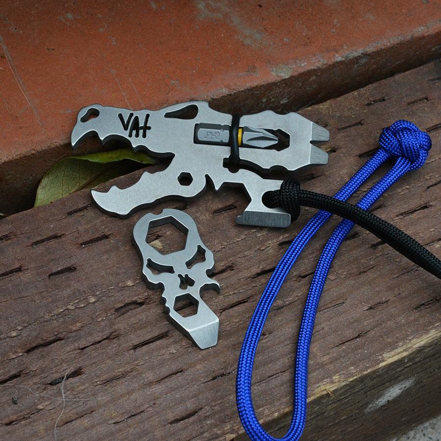Pocket dragon and dread skull combo