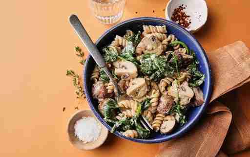 Instant Pot Creamy Mushroom and Kale Pasta