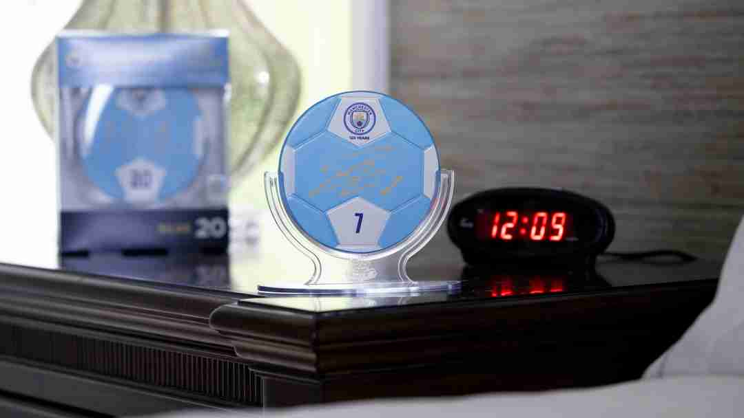 Manchester City Sigable Collectible