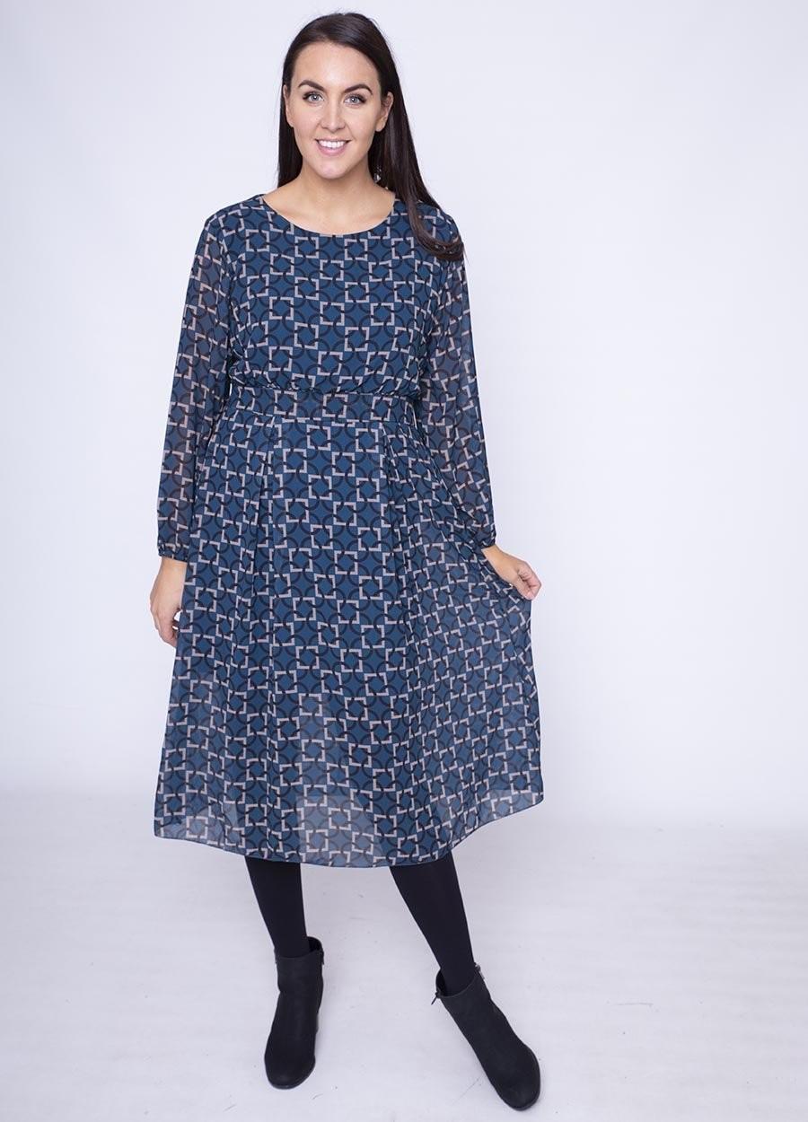 Single Pleat Chiffon Dress