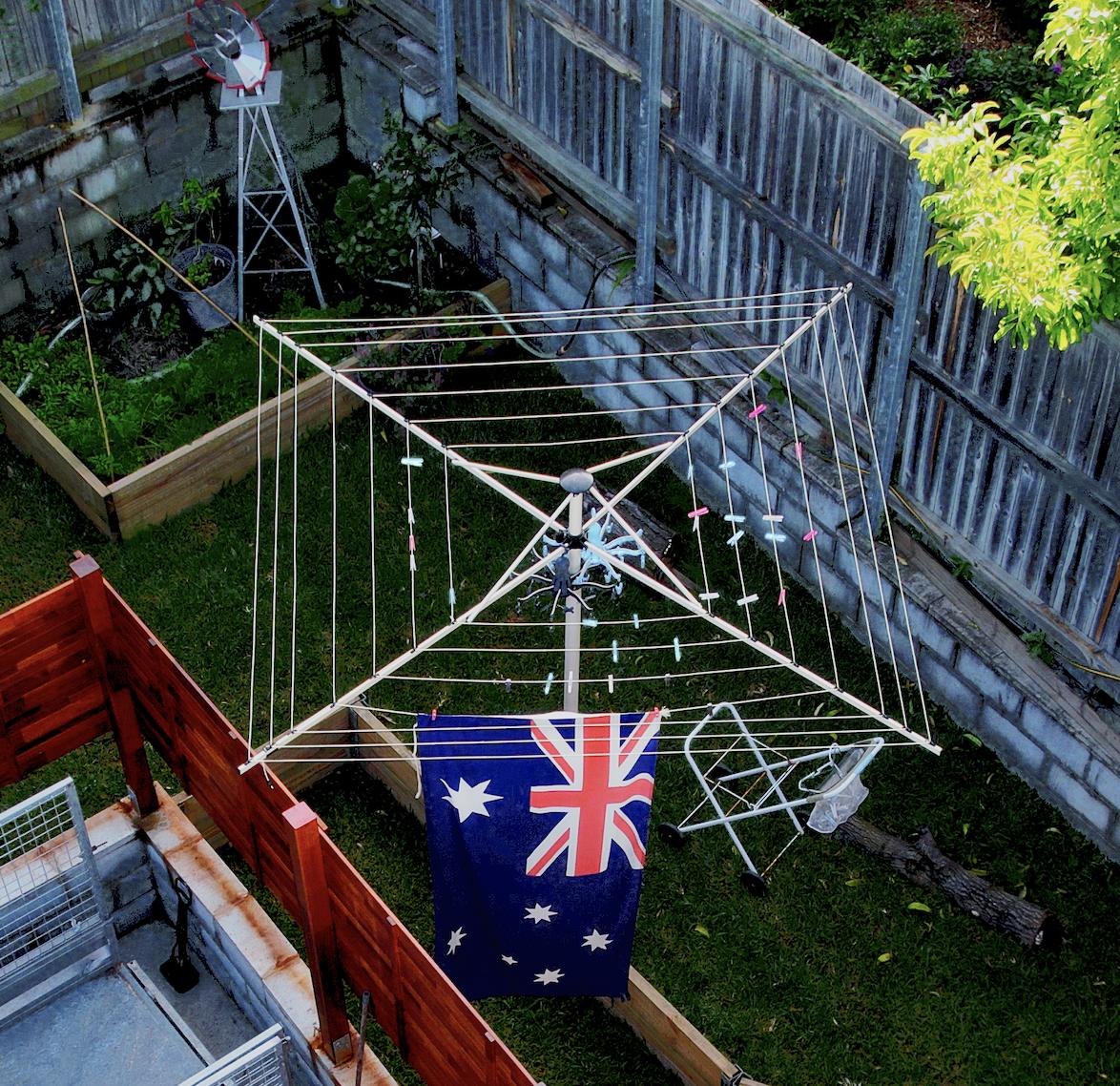 Aussie flag on a clothesline in bribance back yard.