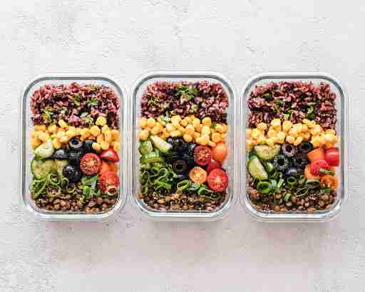 healthy meal prep bowls vegetables rice beans corn meat