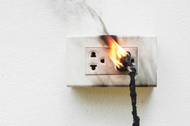 plug on fire