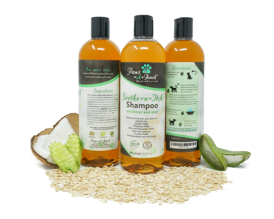 Soothe-n-Itch Dog Shampoo by Paws-a-Bunch. Oatmeal Shampoo for Dogs and Cats Anti-Itch