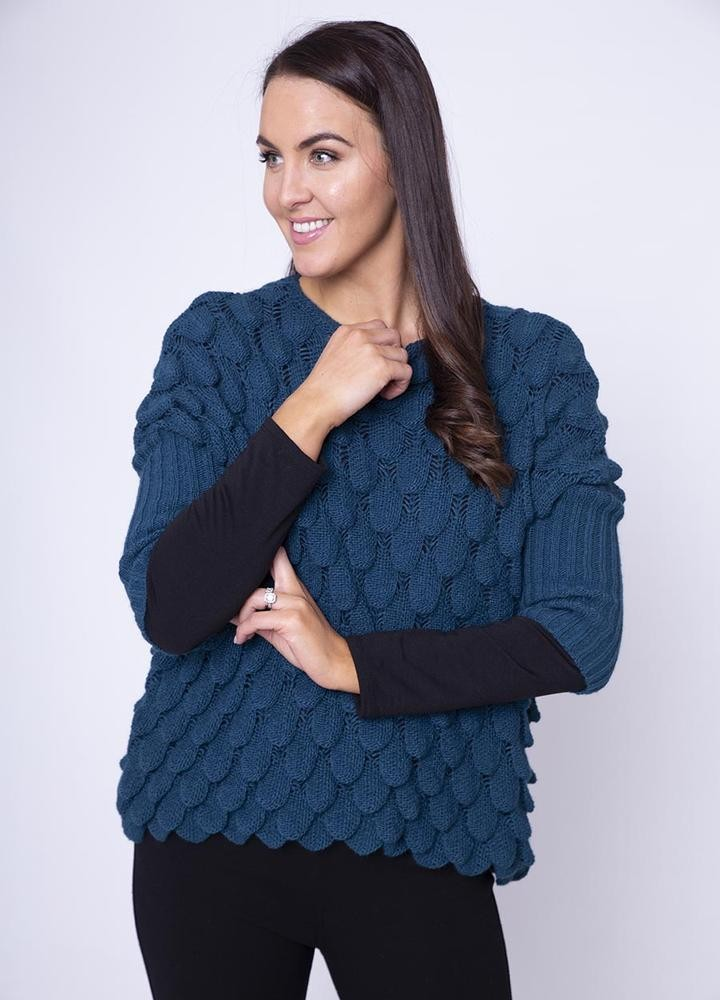 Wave Chunky Jumper in Black