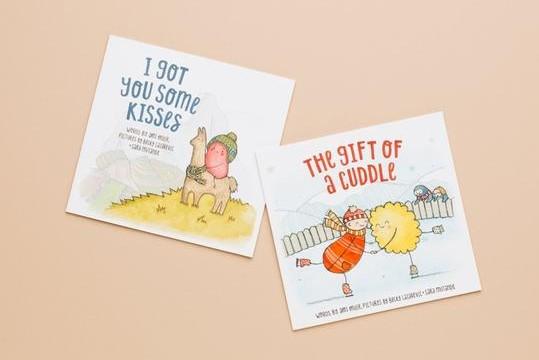 BUNDLE paperback Kisses + Cuddle