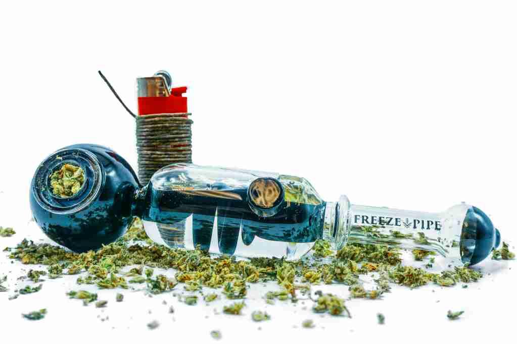 hemp rope lighting weed