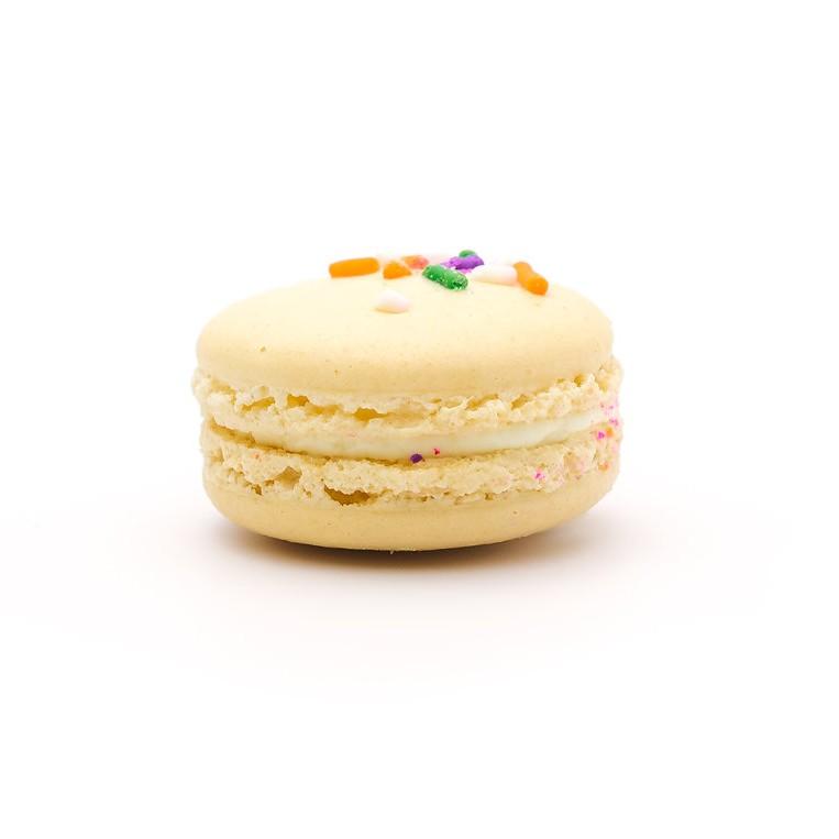 Fantastic Birthday Cake Macarons Ma Ka Rohn Funny Birthday Cards Online Ioscodamsfinfo