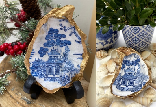 Oyster Shell Jewelry Dish Chinoiserie Blue and White