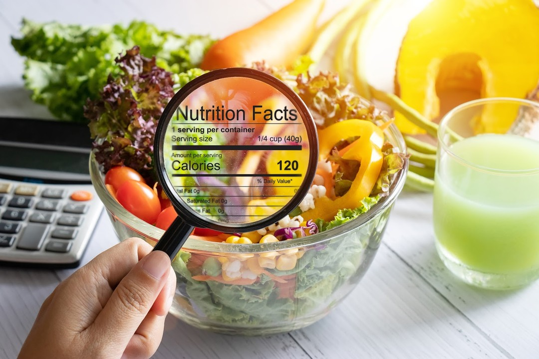 nutrition facts salad and vegetable nutrients
