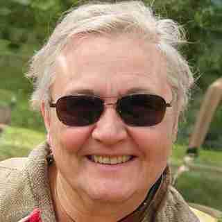 Lynnie Hanson