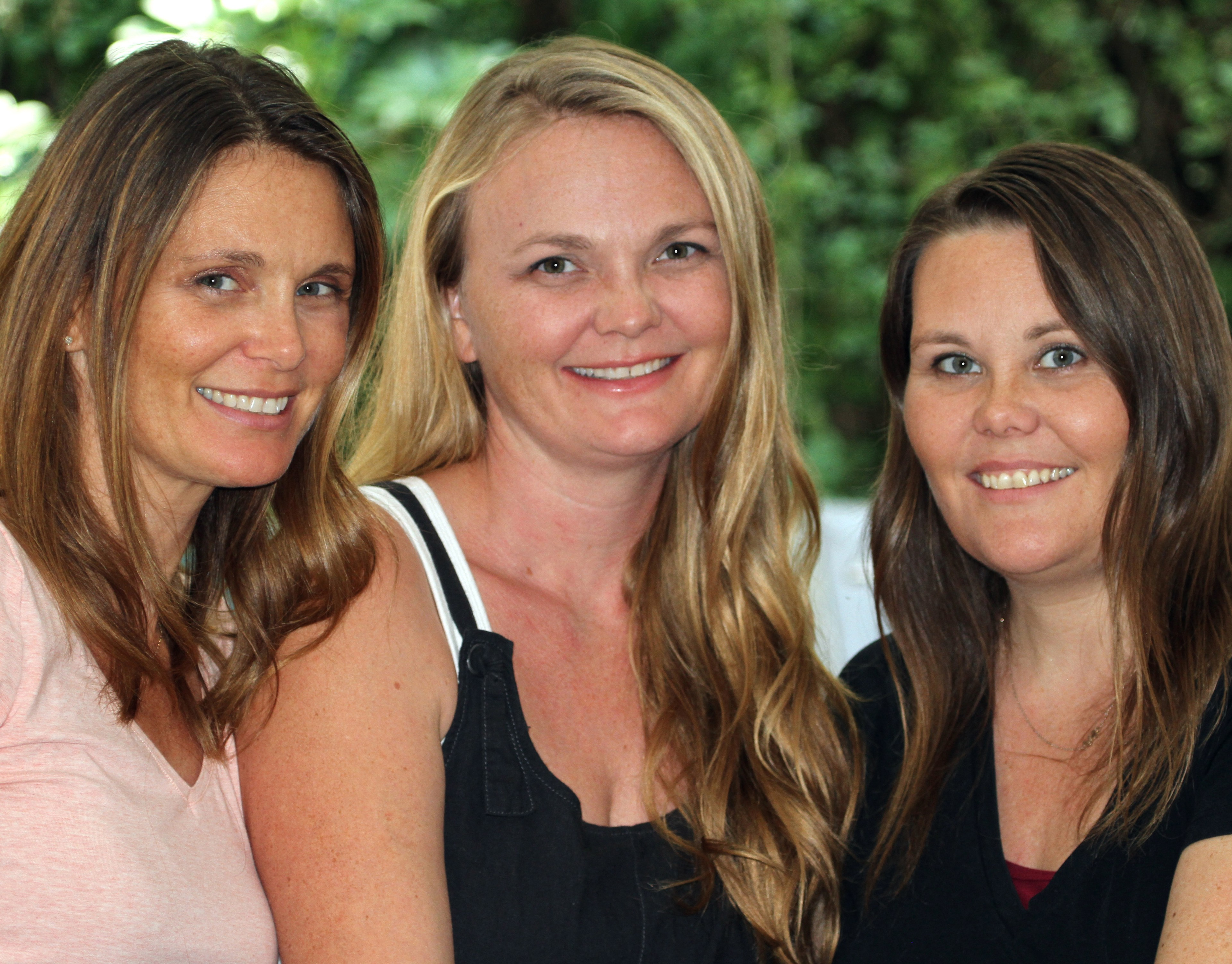 Image of Jennifer, Heather and Emily, the founders of Herbal Roots