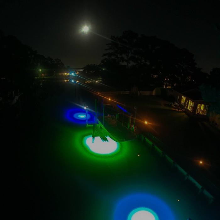 Saltwater-LED-Dock-Lighting-Ideas