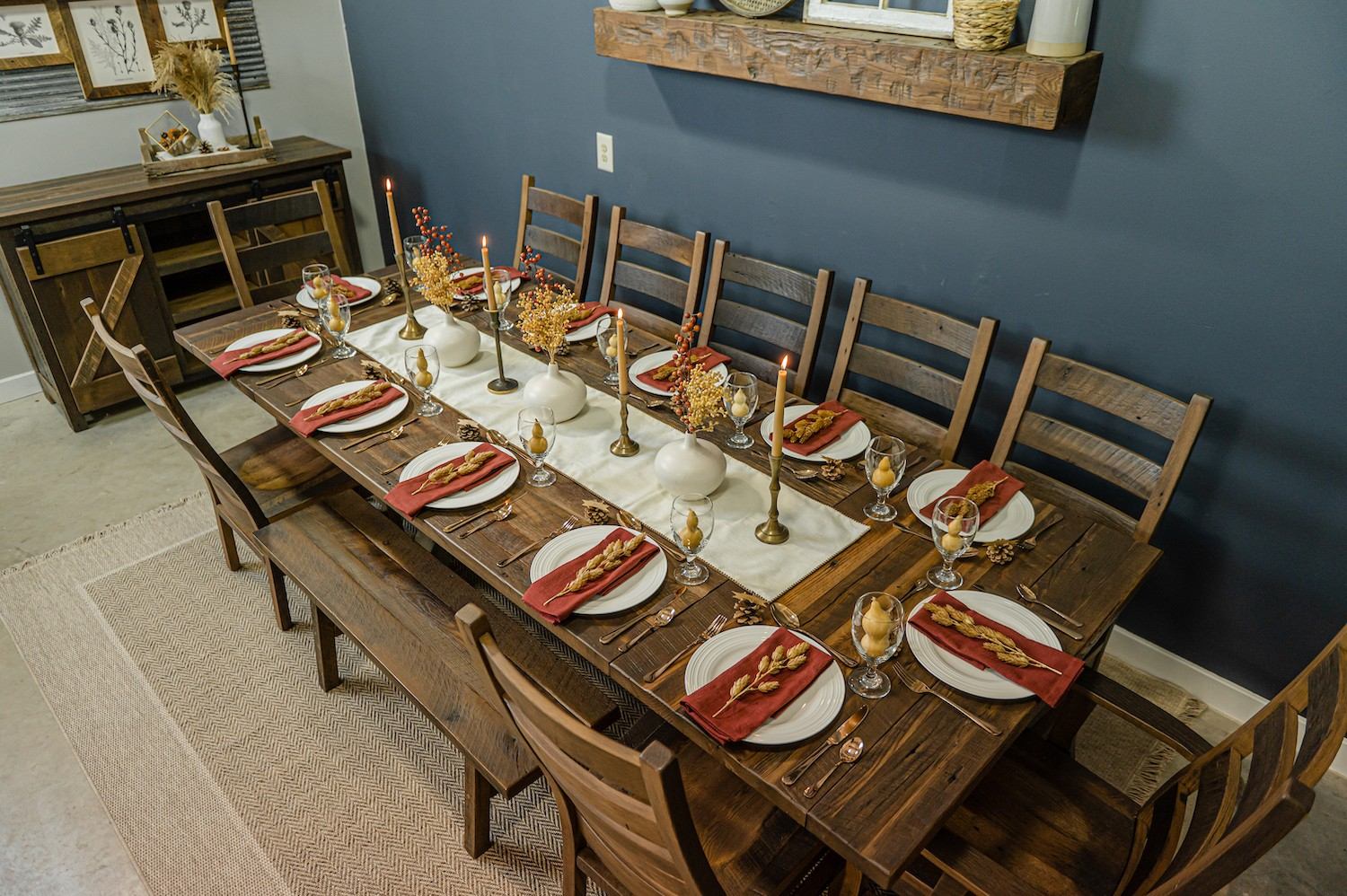 fall thanksgiving feast large gathering tablescape