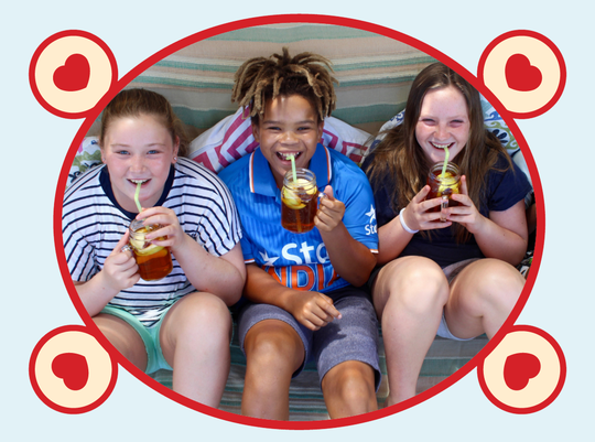 rooibos rocks kids drinking ice tea