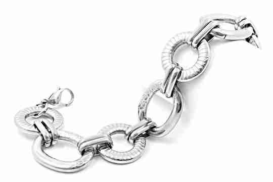 A stainless steel bracelet