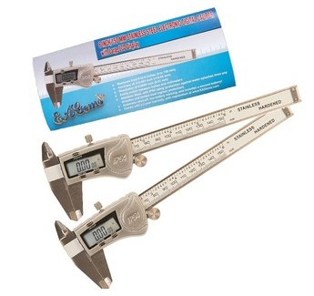 2 IP54 Digital Calipers