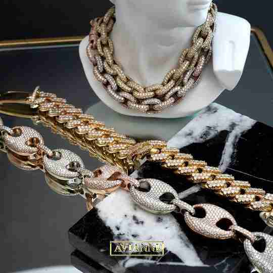 Avianne and Co. gold chains