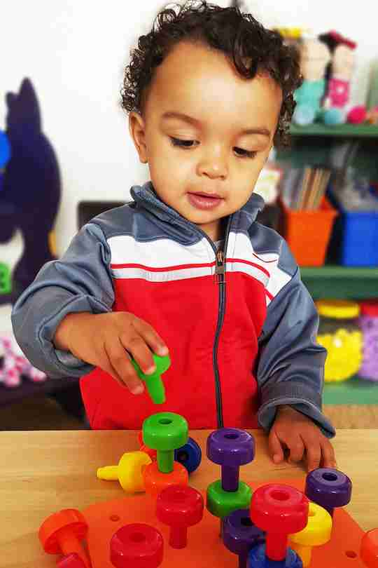 fine motor skills toys for 2 year old
