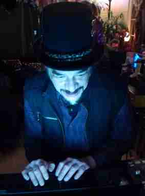 DJ Feral Spins Beats!