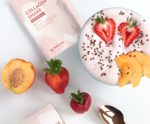 strawberry and peach collagen smoothie