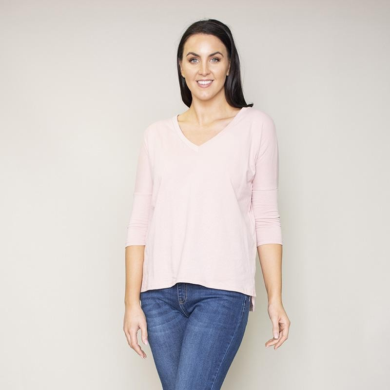 Perry Relaxed Fit V Neck Top (Blush)