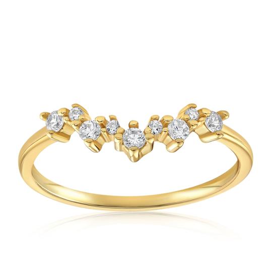 A 5-stone diamond ring