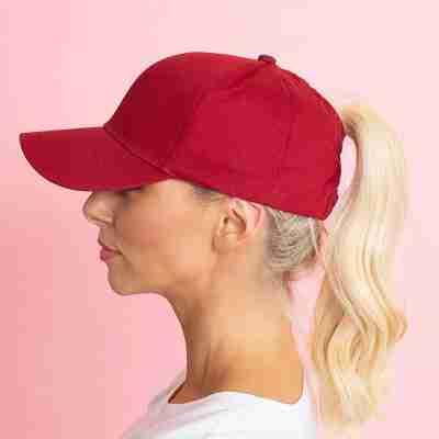 Aubree Hat (Berry)
