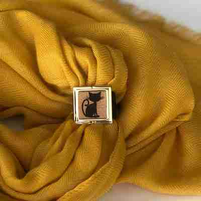 Meow Scarf Lock - Lock and Shine