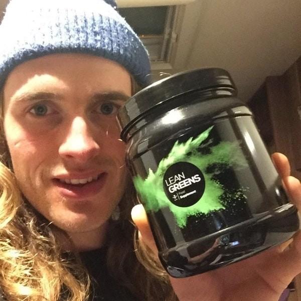Alex Holowko - Lean Greens super greens review