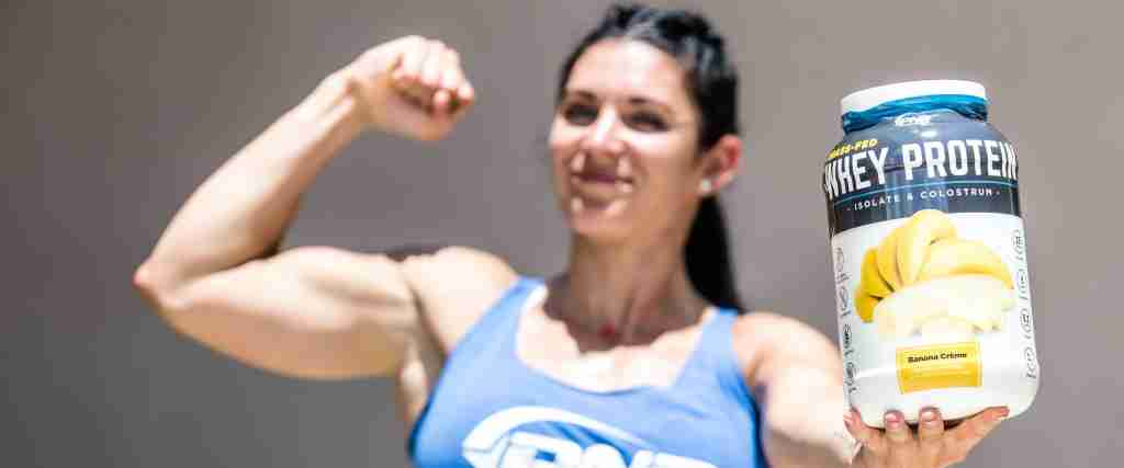 CrossFit athlete optimizing protein synthesis for muscle growth with whey protein.