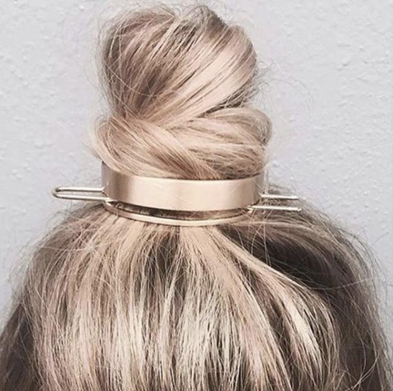 Lea Messy Bun Hair (Silver)