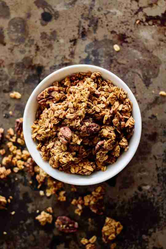Vegan Pumpkin Spice Granola Recipe