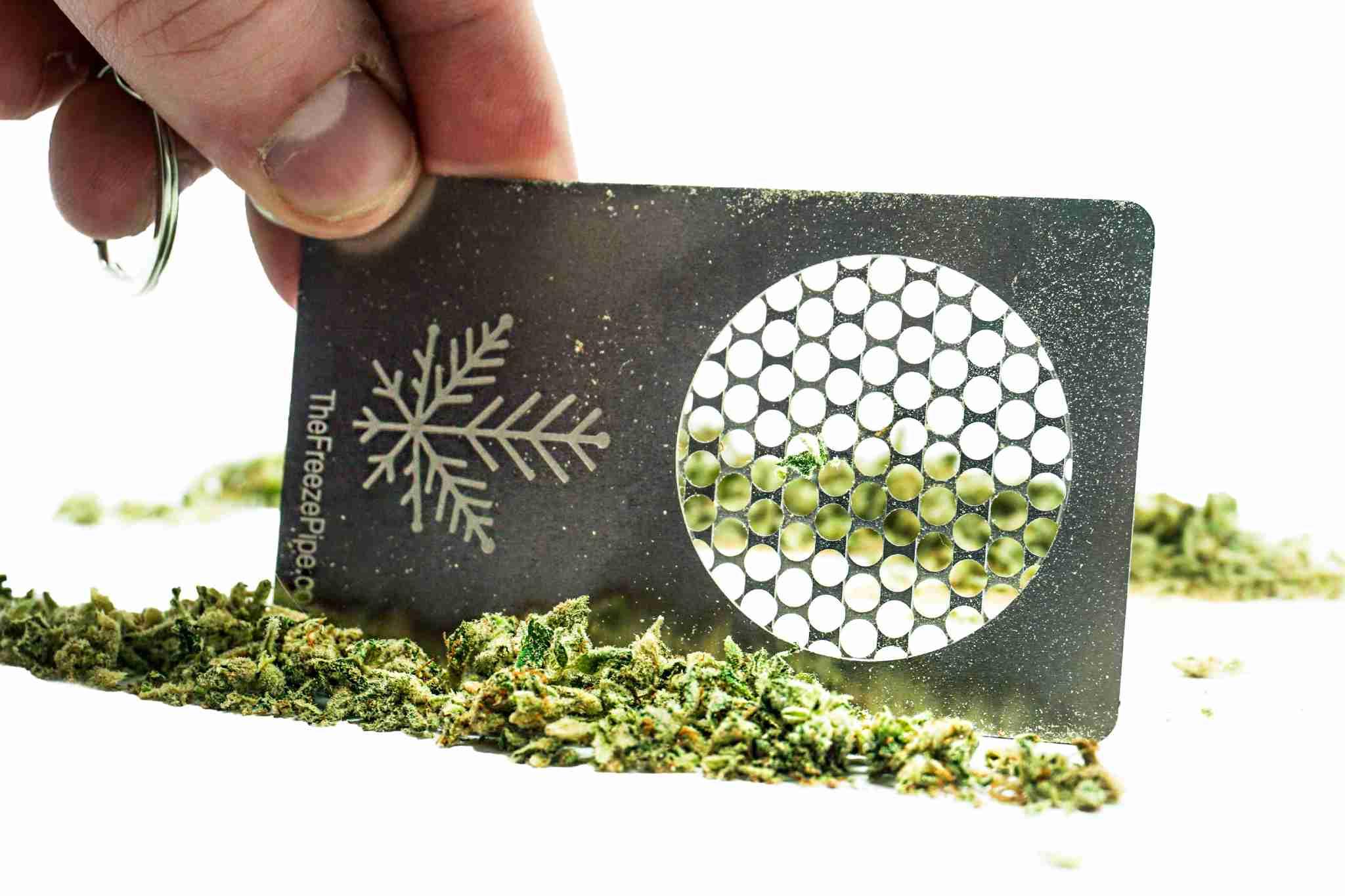 keychain weed card grinder