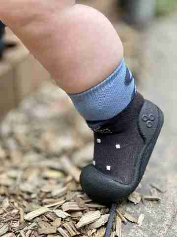 Your Questions Answered: Baby's First Shoes