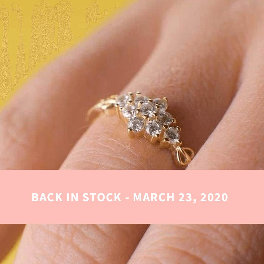Sarah Snowflake Dainty Ring