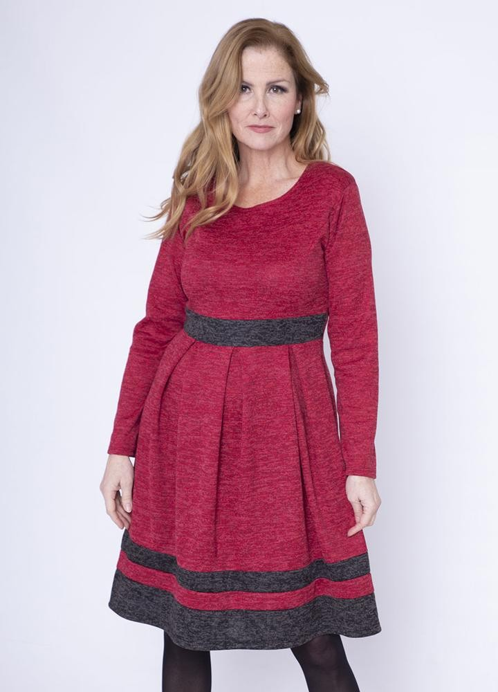 Box Pleat Marble Jersey Dress in Red