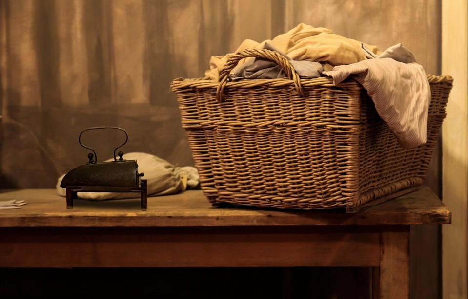 classic laundry hamper