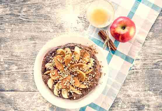 Havermout pannekoek met appel en kaneel.