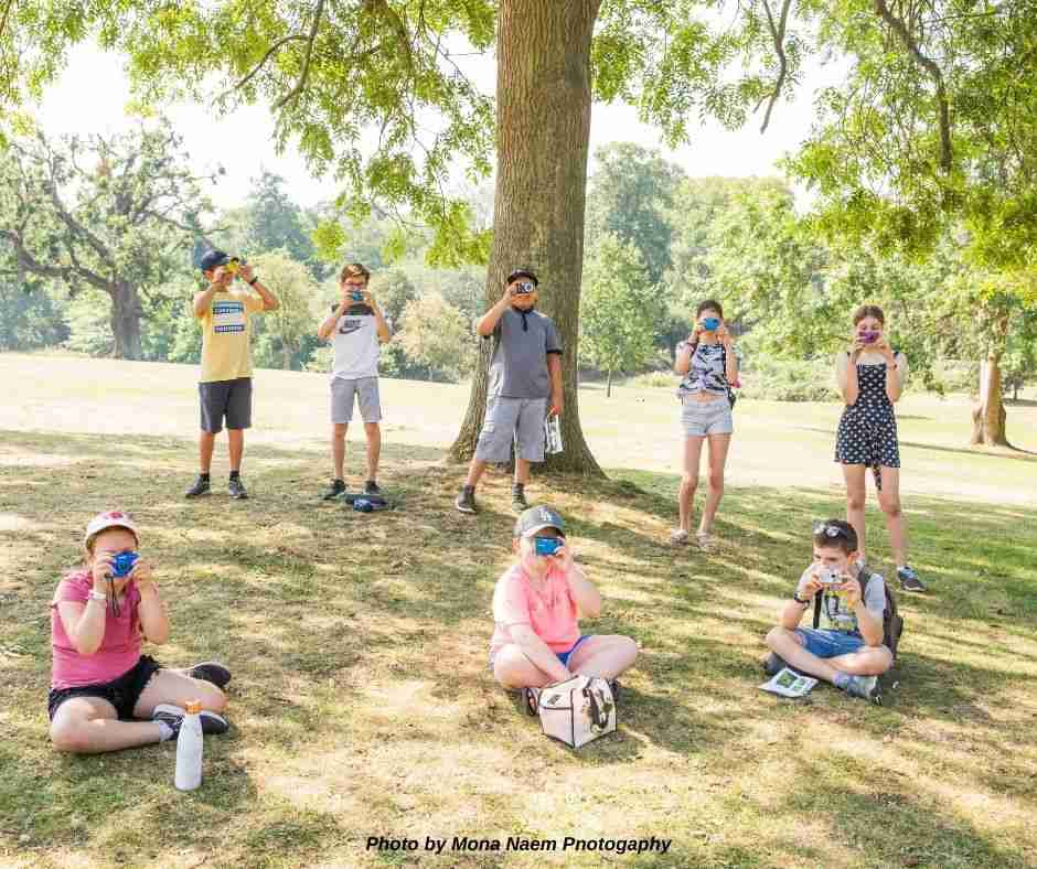 teach a kids photography camp