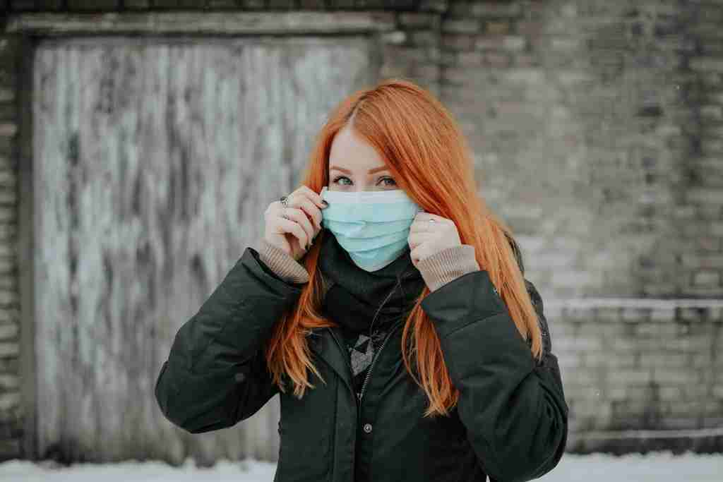 girl wearing mask
