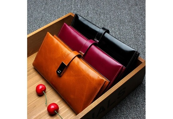 Lyon Leather Wallet