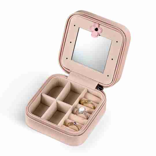 Travel jewelry case from Blush and Bar